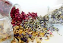 How to Make Money from a Dried Flower Business.