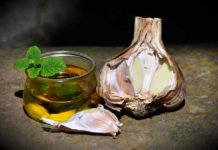 How to Make Money from Garlic Oil Manufacturing.