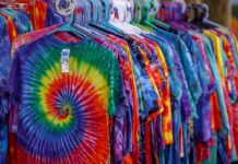 How to Make Money from Tie-Dye Business.
